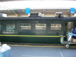 トワイライトエクスプレスの食堂車ダイナープレヤデスでの仕込み